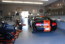 Man cave / Look at the title