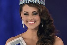 2) The beautiful woman Rolene Strauss / Rolene Strauss (born 22 April 1992) is a South African model and beauty queen who was crowned Miss South Africa 2014 and in December the same year won Miss World 2014 in London.
