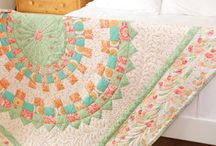 QUILTS / by JoDien Bamberg