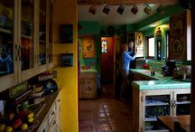 KOOL KITCHENS / by Carissa Buxton-Scott