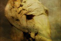 Sculptures & Statues
