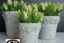 Vázy, květináče, konve / Dřevěné květináče, kameninové květináče, obaly na květináče z kameniny, kovové obaly na květináče, květináče s tabulkou, kovové konve, vázy...