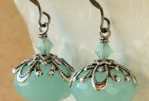 BEADING - Earrings / by Kathie Khaladkar
