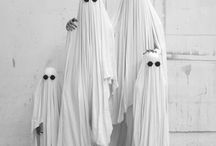 Spooky / spooky / halloween / creepy / dark /strange / ambiance / horror
