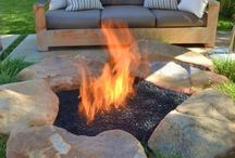 Fire Pits / by Janet Pasqua
