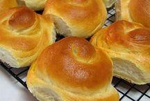 breads rolls