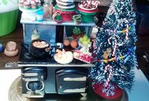 1:12 Scale Christmas Stove Ornaments / Holiday miniature Christmas stoves I made for friends.