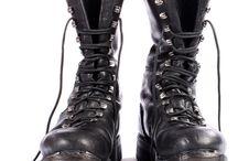 Motorcu botları