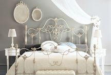 Guest bed styling