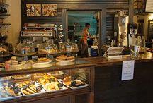 Display foods/bakery/drinks/etc