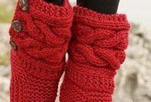 calçados em tricô e crochê