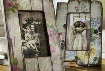 Рамки для фото из старых досок