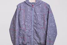 S'COOL / S'COOL! – линия одежды, которая подходит как для повседневности, так и для модных вечеринок, и особых случаев.
