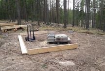 A tiny place among the pines, en liten koja bland tallarna, hunting cabin,jaktstuga. / jaktstuga