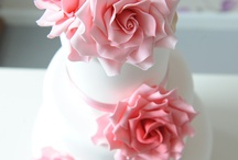 Wedding Cakes  / Wedding cakes created by The Jolly Good Pud Company