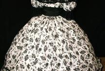 Civil War Era Dresses / by Rhonda Nuccio