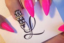 nails ^_^ /