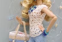 Bacheca vestiti all'uncinetto per barbie