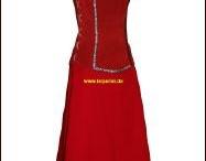 Larperlei Ledergewandungen für die Dame / Handgefertigte Ledergewandungen für Liverollenspieler und Mittelaltermarkt Besucher