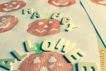 Come fare gli stampini di patate a forma di zucca / Come fare gli stampini di patate a forma di zucca. Idea creativa per far divertire i bambini per la festa di Halloween.  #halloween #zucche #zucca #bambini #colori #ideacreativa #diy #diycrafts #mycandycountry  Seguimi su: www.mycandycountry.it