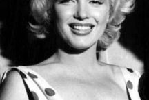 Pompompidou!!about the beauty of balanced  curves: Marilyn and others...