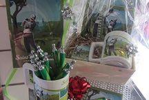 Shopping Noël Saint Palais Boutique / Des idées cadeaux, coffrets dégustation, affiches, collection enfants, des livres à offrir...rendez-vous à l'espace boutique à l'Office de tourisme de Saint-Palais-sur-Mer pour votre shopping de Noël ouvert du lundi au samedi de 9h à 12h et de 14h à 17h30 (fermé le samedi après-midi et les samedis 27/12 et 03/01 le matin)