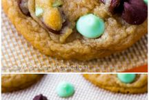 Cookies / by Zoe Bolen