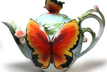Teapots and coffee
