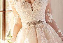 (Menyasszonyi) ruhák