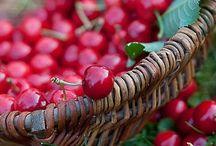 Marjoja/hedelmiä