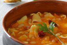 Zuppe e minestre / by Atir Deser