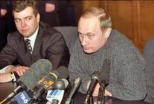 Путин и Медведев - 27 лет совместной ОПГ...