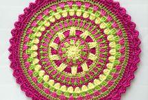 Crochet Motivos / by Rosi Balle