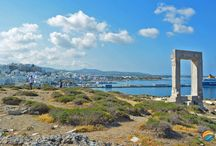 Portara / The huge marble gate at the entrance of the harbour of Naxos Town