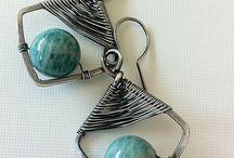 wire earrings