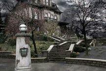 Phantom manor / Haunted mansion