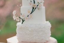 wedding cakes / by Eileen Feliciano