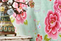 Wall papers for girls room / Wall paper ideas