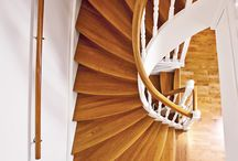 Tradition / Traditional wooden staircases.