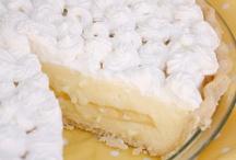 Pie / by Maria Verika Mendoza