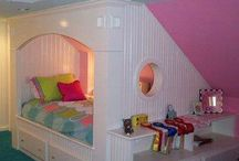 Girls room / Ideas for my girls room with a slanted roof
