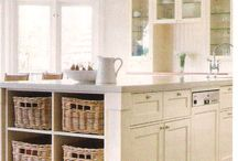 Kitchen Ideas / Ideas and inspiration for a home kitchen with a Hamptons design
