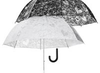 Hochzeit Regenschirme / Sind Sie gerade mit Ihren Hochzeitsvorbereitungen beschäftigt? Was halten Sie von einem originellen Brautregenschirm?
