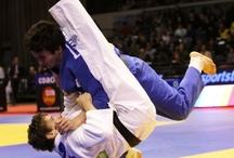 Cadute di Judo / La prima cosa che si impara nel judo e' la caduta, oggi spesso gli atleti si concentrano sul come non cadere a volte con conseguenze gravi.