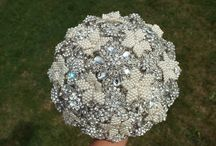 Brooch Bouquet / Brooch and pearl bouquet