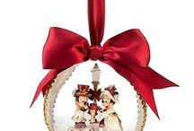 Mickey and Minnie Victorian Christmas