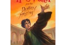 Books Worth Reading / by Elizabeth Powell