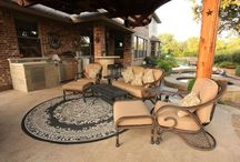 Entertainment Areas by Outdoor Signature / Entertainment ares include pieces such as fireplaces, firepits, living and dining spaces, and more. View examples of work by Outdoor Signature in Argyle, Texas below.