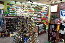Online Skateboard Store / Buy high quality skateboards and skateboarding accessories from online skateboard store in USA, Skates USA. Take advantage of best deals at Skates USA today!