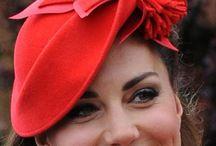 Royal hats / klobouků